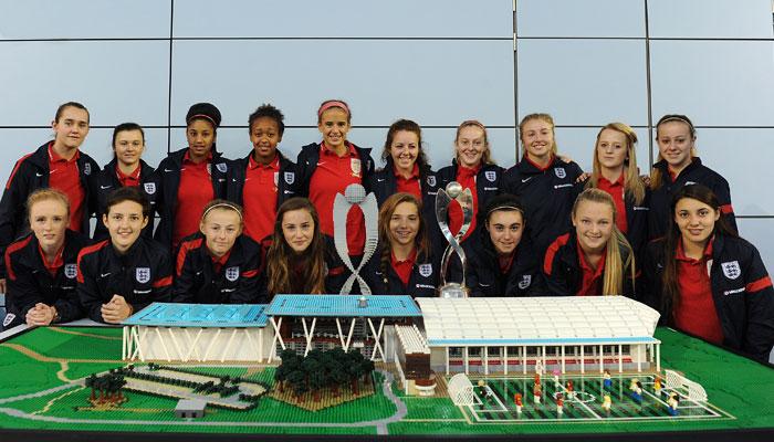 Lego-Friends-England-Football-Team