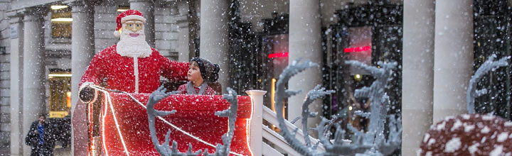 LEGO Sleigh in Covent Garden